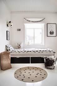 chambre enfant scandinave chambre enfant look noir blanc deco scandinave nordique bébé