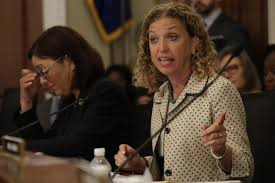 white house calls for u0027thorough investigation u0027 of debbie wasserman
