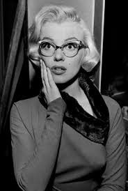 26 fun facts about marilyn monroe the hob bee hive
