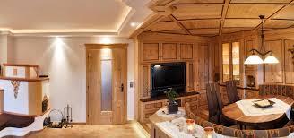 tischle wohnzimmer wohnen und wohnlandschaften holzdesign im zillertal tischler