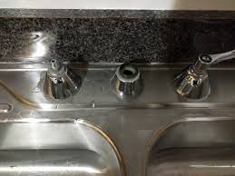 urgent how to uninstall this kitchen faucet plumbing zone