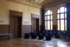bibliotheken berlin wedding file raumsicht puttensaal bibliothek im luisenbad jpg wikimedia