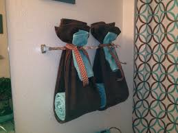bathroom towels design ideas bathroom towel decorating ideas therobotechpage