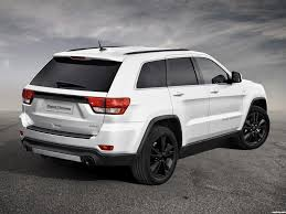 srt jeep 2016 white my brother u0026 i are planning to paint my alloys black so my truck