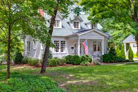Magnolia House Bed And Breakfast Franklin Tn Nashville Tennessee Temple In Franklin Tn Temples Pinterest