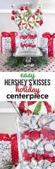 Christmas Centerpieces For Tables by Best 25 Table Decorations For Christmas Ideas On Pinterest