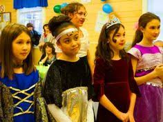 esther purim costume how to celebrate purim costumes holidays and purim costumes