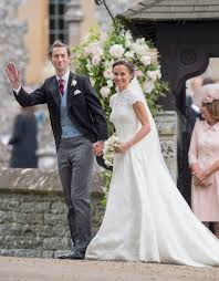 wedding dress design giles deacon i d be delighted to design meghan markle s wedding
