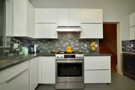 High Gloss Paint For Kitchen Cabinets White High Gloss Painted Slab Frameless Kitchen Cabinets