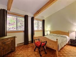comment s駱arer une chambre en deux cottage for rent scandinavian of laurentian in sauveur