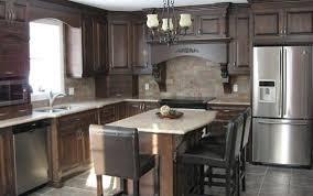 armoire de cuisine rustique cuisine rustique armoires de cuisine armoires cormier