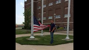 Holding The Flag Ohio Teen Former Boy Scout Keeps American Flag From Hitting The