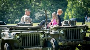 army jeep ww2 reenactors remember world war ii sacrifices the morning call