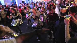 halloween night on bourbon st in new orleans youtube