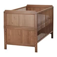Baby Crib Convertible To Toddler Bed I Like This Crib For The Stud Mainly Because Of The Toddler Bed