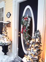 Ideas For Christmas Decorations Creative Front Door Christmas Decorations
