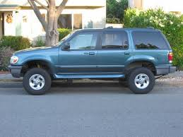 2000 ford explorer lift pirate4x4 com the largest roading and 4x4 website in the
