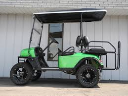 this eye catching 2007 e z go custom gas golf car is good looking