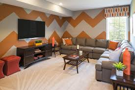 when painting a wall design do you use zigzag lines dream in