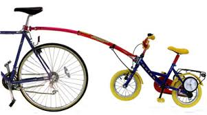 siège vélo é tout sur le transport des enfants pour une longue randonnée à vélo