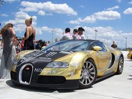 bugatti veyron gold supercar u0027s bugatti veyron covered in gold edition at gumball rally