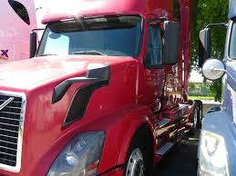 used volvo semi trucks used 2010 volvo vnl tandem axle sleeper for sale in fl 1084