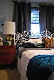fabtwigs small bedroom ideas for placing the bed in front of a