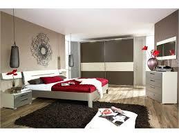 chambre a coucher moderne en bois massif modele chambre a coucher chambre bois massif contemporain modele lit