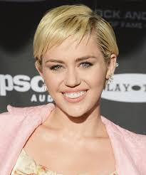 whats the name of the haircut miley cyrus usto have miley cyrus shows off her sleek bob instyle com