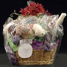 bridal shower gift baskets bridal shower prizes gift baskets ideas