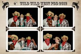 hollywood photo booth layout affordable photo booth rental fun wacky photo booth photo booth