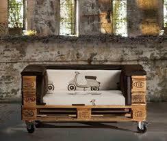 canapé sur roulettes diy bricolage canapé de jardin palettes bois rembouree