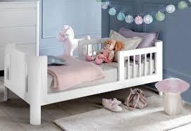 chambre petit fille 10 inspirations pour une chambre de fille joli place