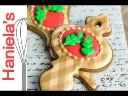 Decorating With Royal Icing How To Make Christmas Gingham Cookies Decorating With Royal Icing
