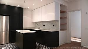 cuisine parisienne une cuisine parisienne black white bahya côté maison