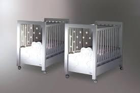 chambre pour jumeaux chambre jumeaux bacbacs jumeaux co le site des parents de lit bacbac