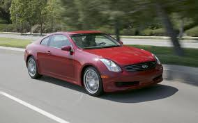 nissan 350z vs g35 15 nissans that get an enthusiast thumbs up motor trend