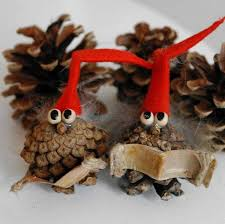things to make with pine cones recycled things