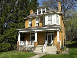 exterior colors to accent a yellow brick foursquare