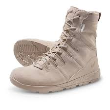 men 039 s danner melee gore tex military style tactical boots tan