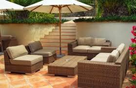divanetti in vimini da esterno mobili da giardino come lucidare il vimini e il bambù in modo