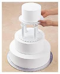 cake pillars pillar stacked cake construction wilton