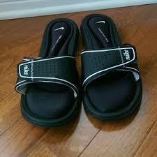 Nike Comfort Flip Flops Women U0027s Nike Comfort Flip Flops On Poshmark