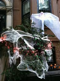 new york gets serious about halloween decor tracy u0027s new york life