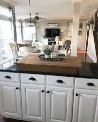 black pulls for white kitchen cabinets white kitchen cabinets with black pulls page 1 line 17qq
