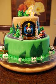 jeep cupcake cake train birthday cake jk cake designs pinterest train birthday