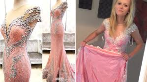 teen scammed buying prom dress online urges other to look out