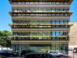 immeuble de bureaux quand un immeuble de bureaux vit au rythme des végétaux