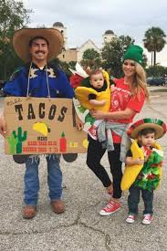 disney family halloween costumes 40 best family halloween costumes 2017 cute ideas for themed