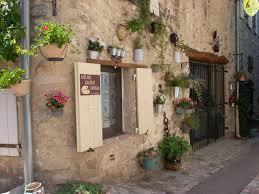 chambre d hotes vaison la romaine chambre d hôtes a l atelier du château suite familiale vaison la